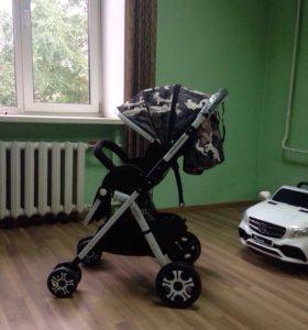 В наличии коляска детская