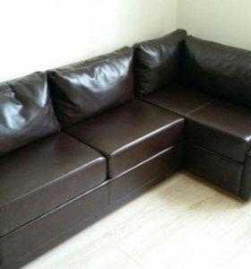 Угловой кожаный диван (новый)