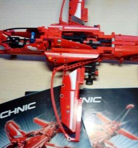 Самолет Лего Technic 9394 с инструкциями