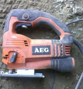 Электро лобзик AEG