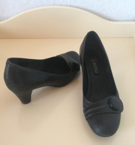Туфли Ecco.