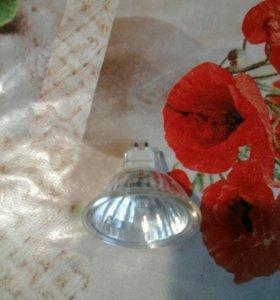 Лампы галогеновые для точечного светильника 138шт.