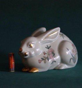 Фарфоровый кролик Китай