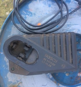 Зарядное устройство на шурупаВерт Bosch