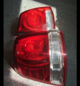 Задняя левая фара Land Cruiser 200 до 2012