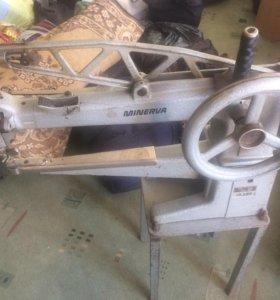 Швейная машина для обуви