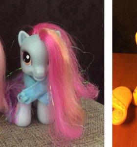 Две  пони my little pony радуга и Скуталу