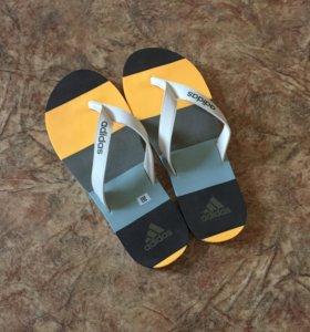 Новые сланцы adidas, размер 43-44