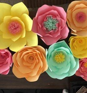 Панно из бумажных цветов. Декор