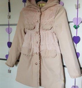 Пальто для девочки, размер 150 см, б/у, KHAKI.