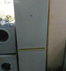 Холодильник Candy comby 2c бу