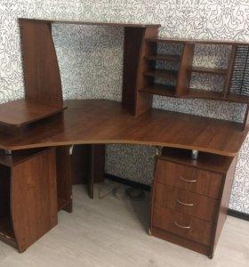 Компьтерный стол ( угловой )