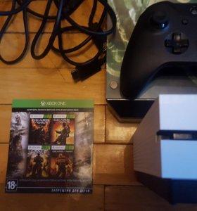 Xbox one s 1tb,аркадный стик,2 джойстика