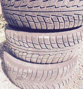 Литые диски R15 с зимней резиной на бмв е-34