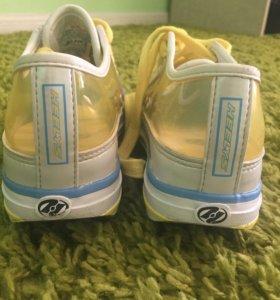 Роликовые кроссовки Heelys (Хилис) 32р (19 см)
