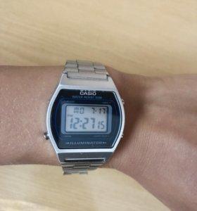 Часы Casio B640WD-1A на гарантии