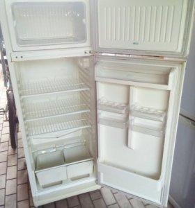 Полки от холодильника Stinol 256Q
