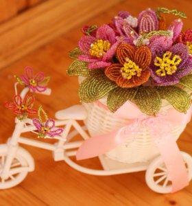 Цветы из бисера. Велосипед с цветами.