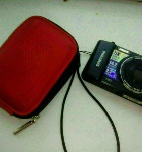 Цифровой фотоаппарат, с чехлом,с флэшкой, и зарядк