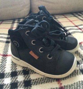 Осенние ботиночки Ecco