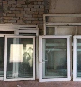Пластиковые окна и дверь б/у