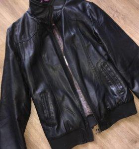 Кожанка кожаная куртка