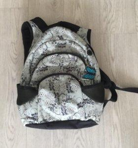 Рюкзак школьный, пользовались очень мало :)