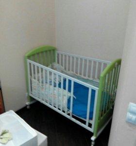 Продам детскую кроватку PAPALONi