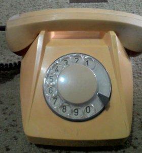 Телефон Tesla1981 года