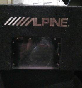 Саббуфер Alpine SBG-1244BP 800W