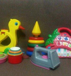 Пакет игрушек:)