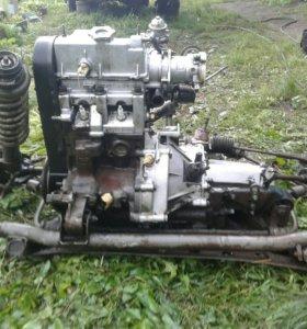 Двигатель с коробкой в сборе ока