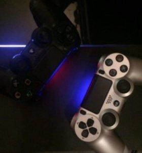 Playstation 4 (PS4) с 2 геймпадами + более 40 игр