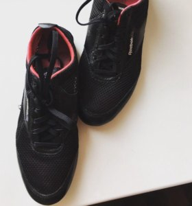 Летние кроссовки