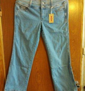 Новые джинсы 52 р.