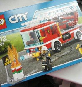 Lego city пожарная машина. Новая