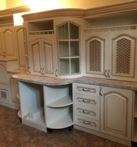 Кухня в кремовом цвете!!!!Доставка