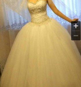 Свадебное платье, чулки, подвязка, карсет ручной р