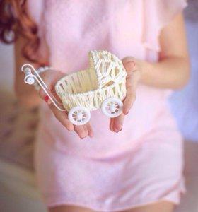 Коляска для фотосессии беременности