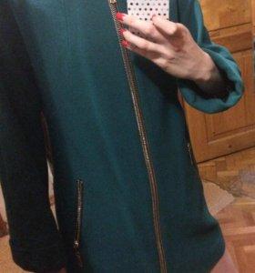 Пальто женское (осеннее )