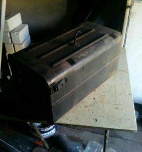 Ручная лебедка и ящик под инструменты