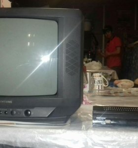 Телевизор + цифровой тв