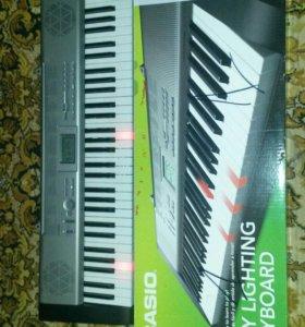 Продам синтезатор casio LK -125 (с подсветкой