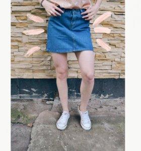 Джинсовая юбка ( все вещи в новые и в наличии)