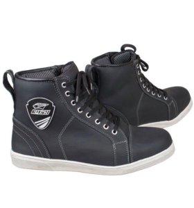 Мотоботы Sneaker, цвет черный RASH