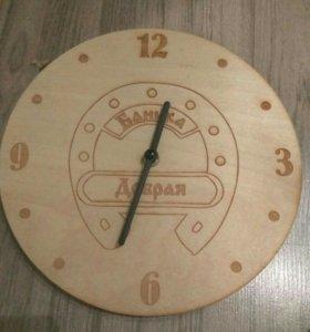 Часы деревянные для бани