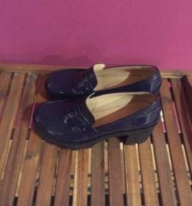 Лаковые туфли ботильоны