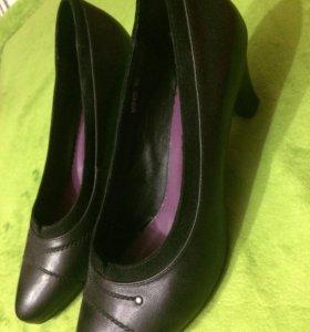 Кожаные туфли новые!