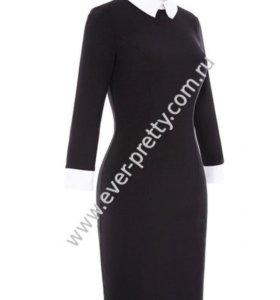 Платье приталеное