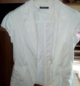 Пиджак с коротким рукавом Kira Plastinina, 44-46